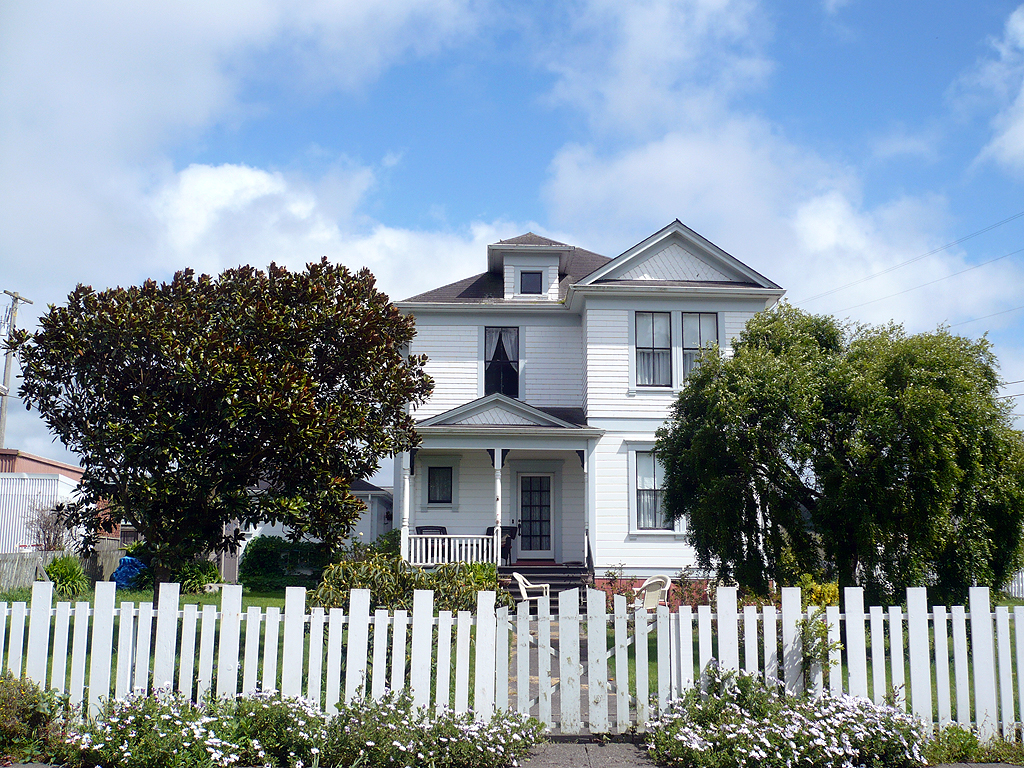 Loleta CA House with Picket Fence