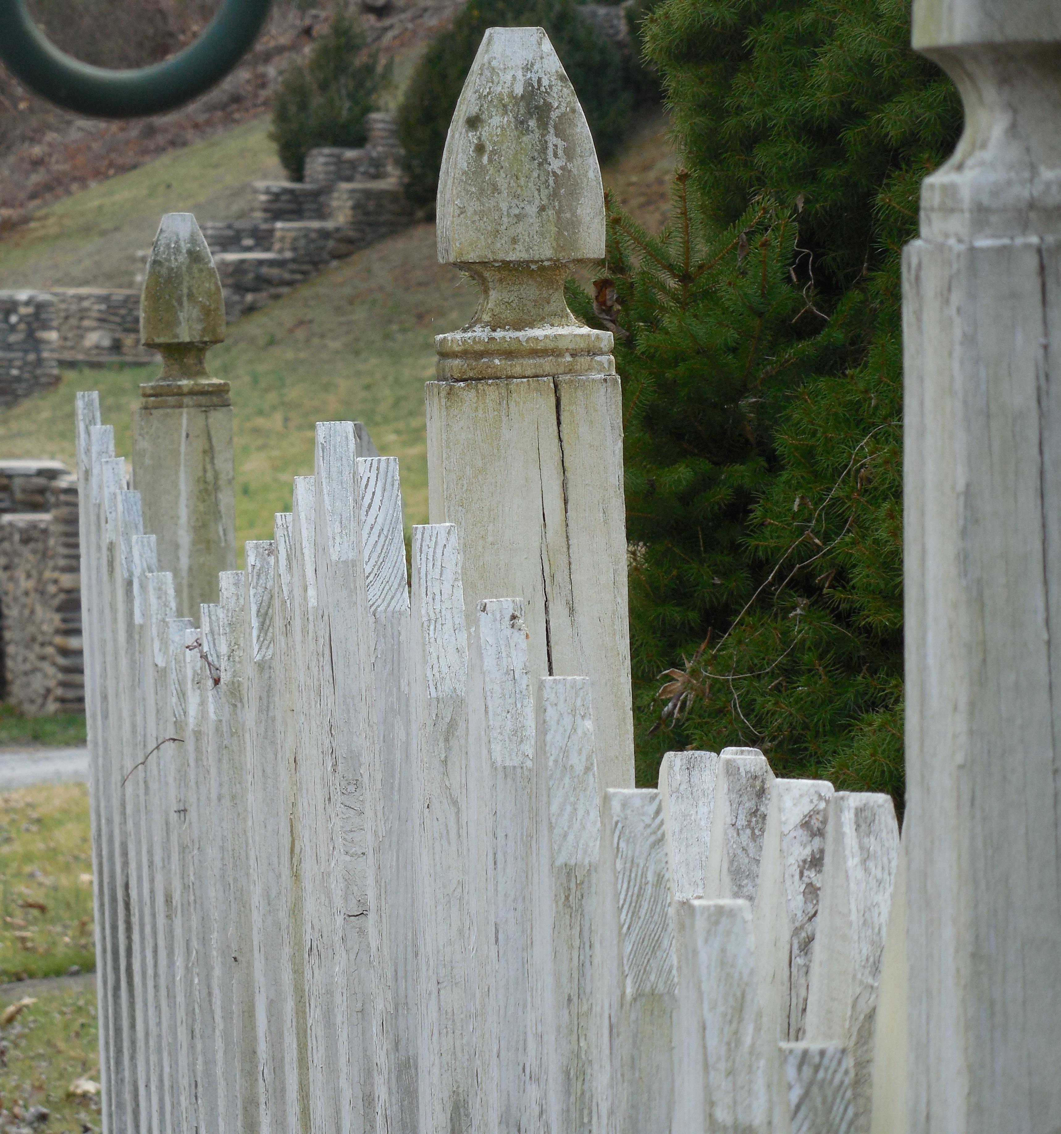 picket-fence-fence-white-wood-678617